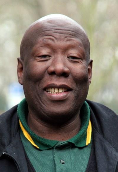 Wir trauern um unseren Freund und Genossen Shobane Mpeake