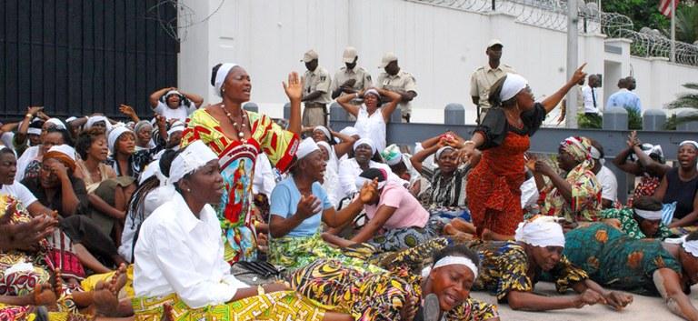 Frauen protestieren in Kinshasa