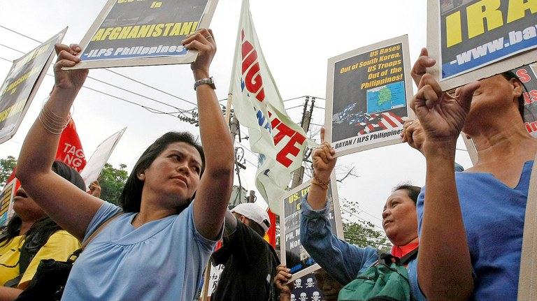 Protest Philippinen gegen Irak-Krieg.jpg