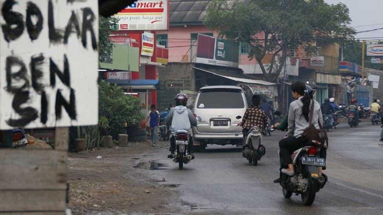 Verkehr_Indonesien.jpg