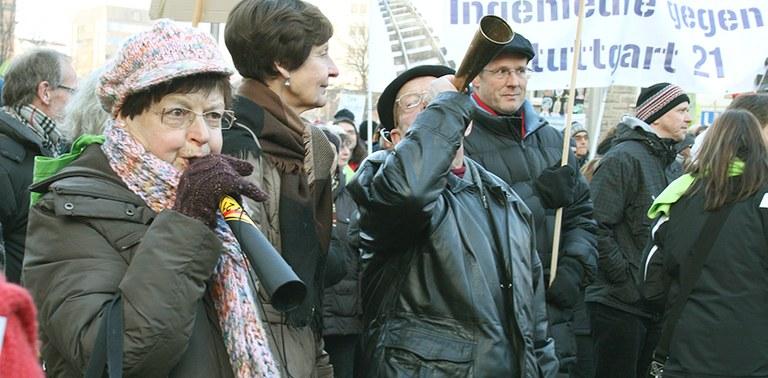 """Protest gegen Megaprojekt """"S21"""""""
