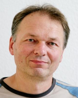 Antikommunistischer Ausfall gegen Opel-Betriebsrat im Eisenacher Stadtrat