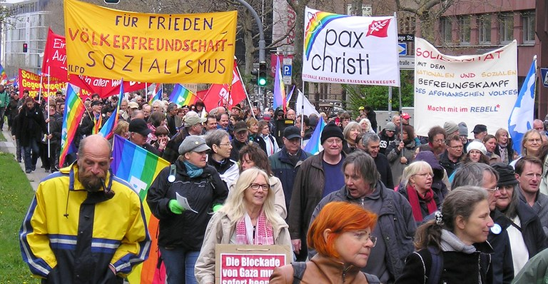 Ostermarsch_Stuttgart_2012.jpg