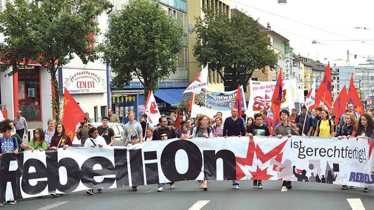 Demo Rebellion ist gerechtfertigt.jpg