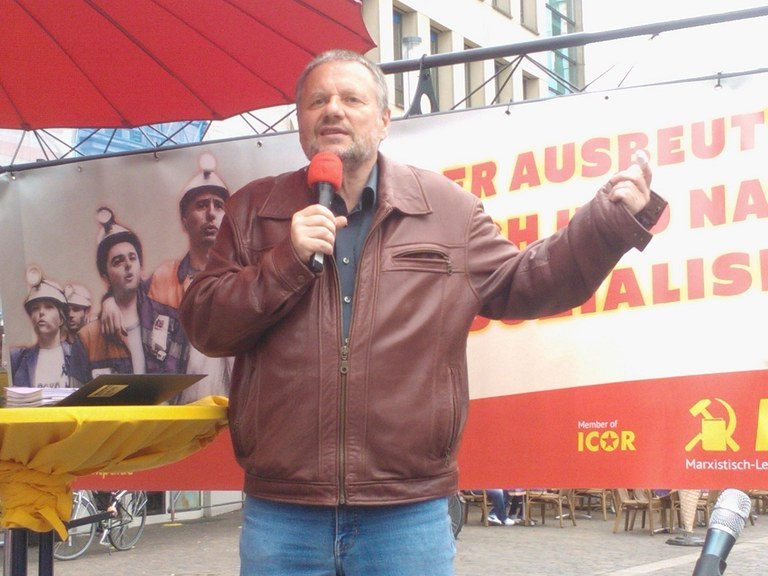 Stefan Engel beim MLPD-Wahlkampfabschluss in Gelsenkirchen