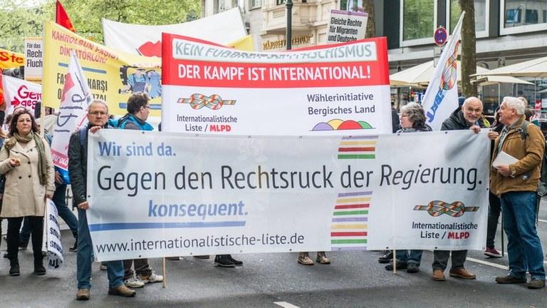 Massive Polizeiattacke gegen die Parteivorsitzende der MLPD in Solingen und gegen Wahlkampfargumente der Internationalistischen Liste/MLPD gegen die AFD