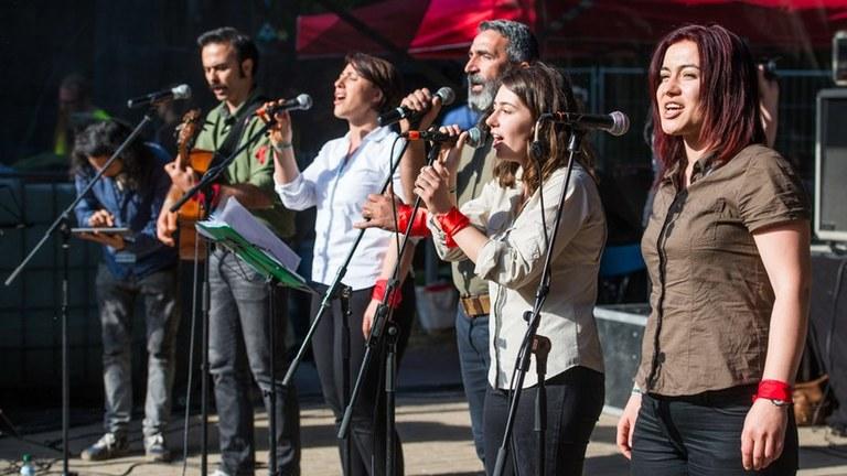 Verwaltungsgericht Meiningen entscheidet für das Rebellische Musikfestival:  Auftrittsverbot für Grup Yorum ist vom Tisch!