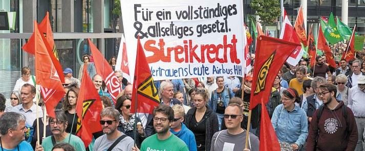Stärkt den Kampf gegen die Rechtsentwicklung der  Regierung! Achtung: Spalter am Werk