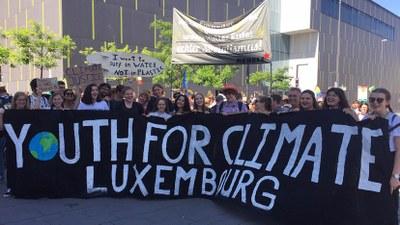 REBELL-Block bei Demo in Aachen