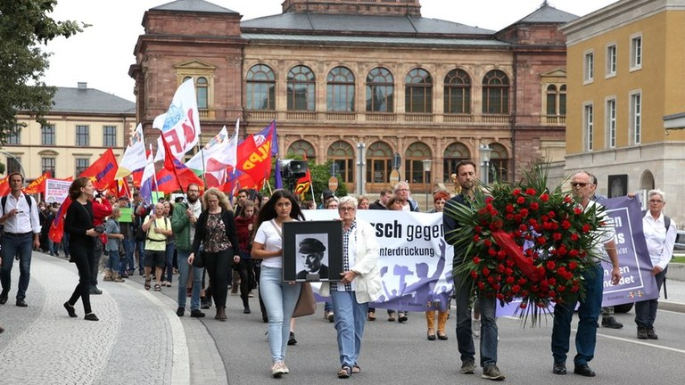 MLPD beantragt beim Verwaltungsgericht Weimar das Verbot von Diffamierung und Hetze durch die Stiftung Buchenwald gegen Thälmann-Gedenken
