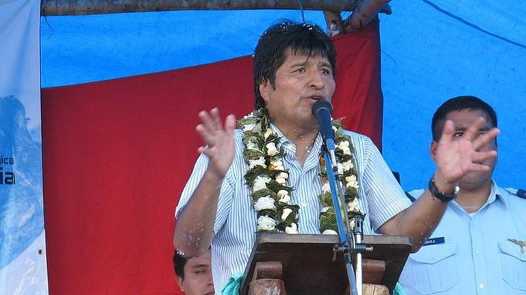 Rechter Putsch zwingt Präsident Morales zum Rücktritt