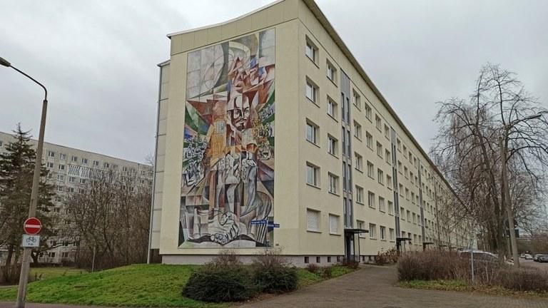 Sozialistische Denkmäler gehören in Stadtbild!