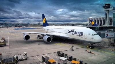 Lufthansa dreist: Neun Milliarden Euro für den Kampf um die Poleposition im internationalen Luftverkehr