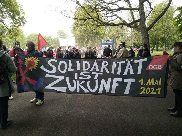 1. Mai Demo in Stuttgart: Bericht und Bildergalerie