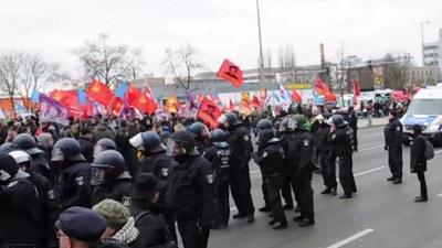 Polizeigewalt gegen Demonstrationsteilnehmer