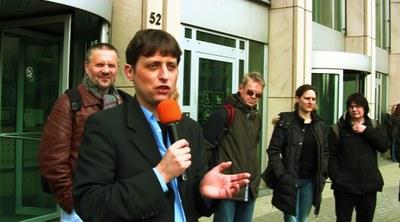 Peter Weispfenning nach dem Prozess am 28.03.13