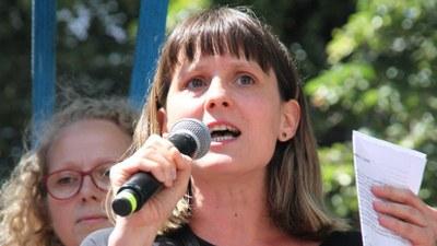 Gabi Fechtner auf der Demo gegen das Polizeigesetz NRW