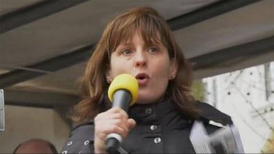 Reden von Gabi Fechtner und ver.di Frauen